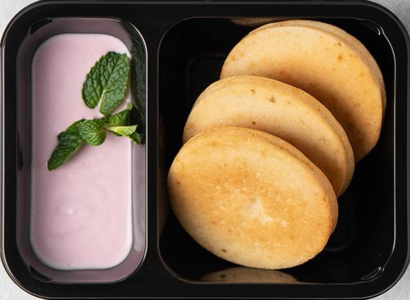 Воздушные хот-кейки с муссом из малины