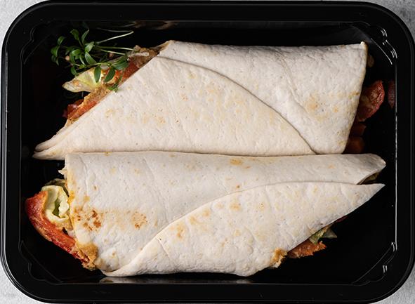 Вегетарианский буррито с овощами и нутом