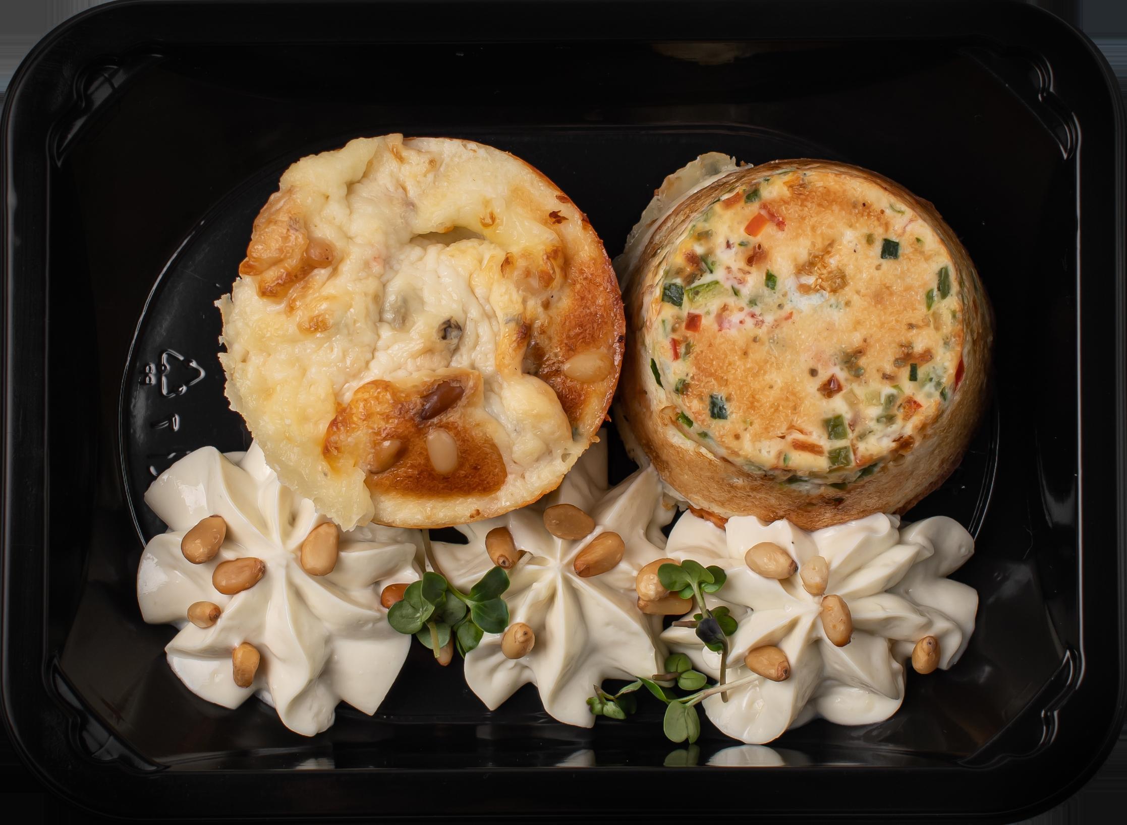 Маффин из сыра Блю-чиз с овощным тар-таром