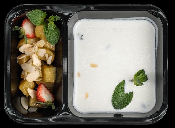 """Холодный """"суп"""" из греческого йогурта"""